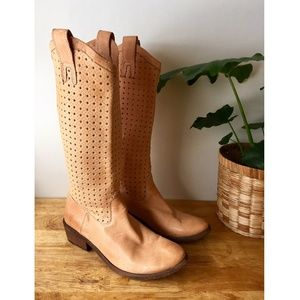 Frye Perforated Diamond Tan Leather Boots 77680